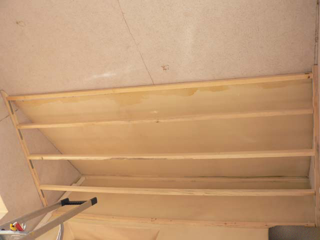 Escalier 2 - Hauteur de plafond standard ...